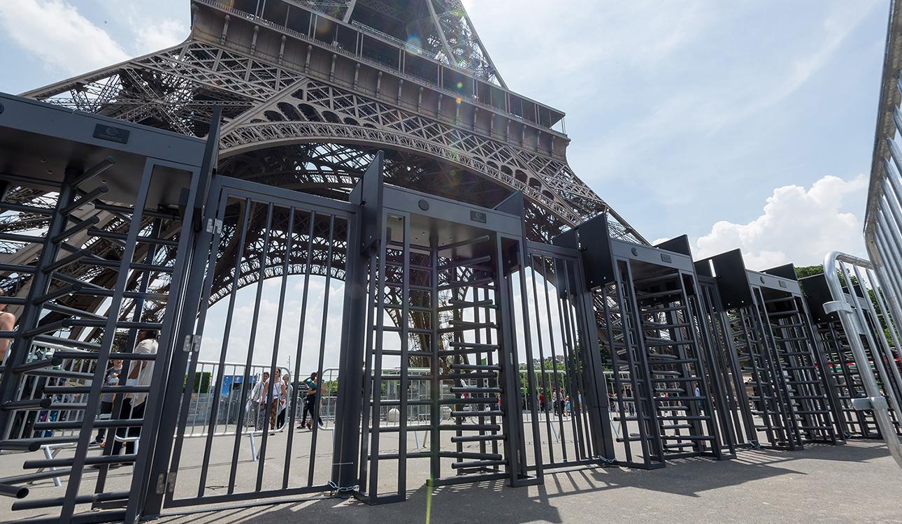 La Tour Eiffel équipée par Neoaxess